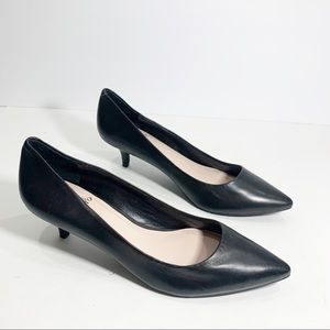 Vince Camuto pointy Heels in Black